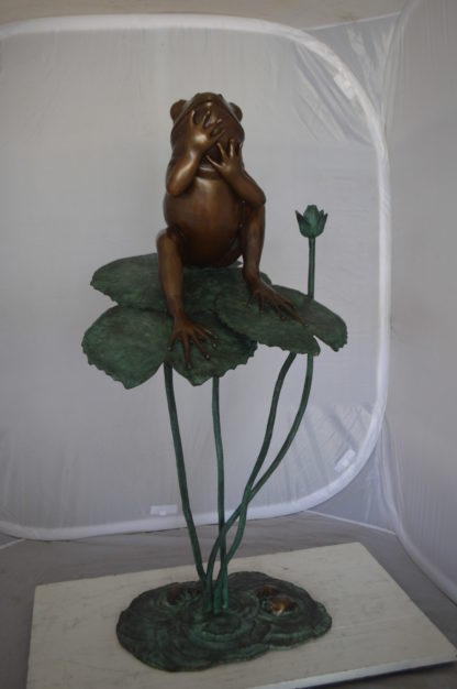 "Frog on Lotus Bronze fountain Statue -  Size: 22""L x 20""W x 44""H."